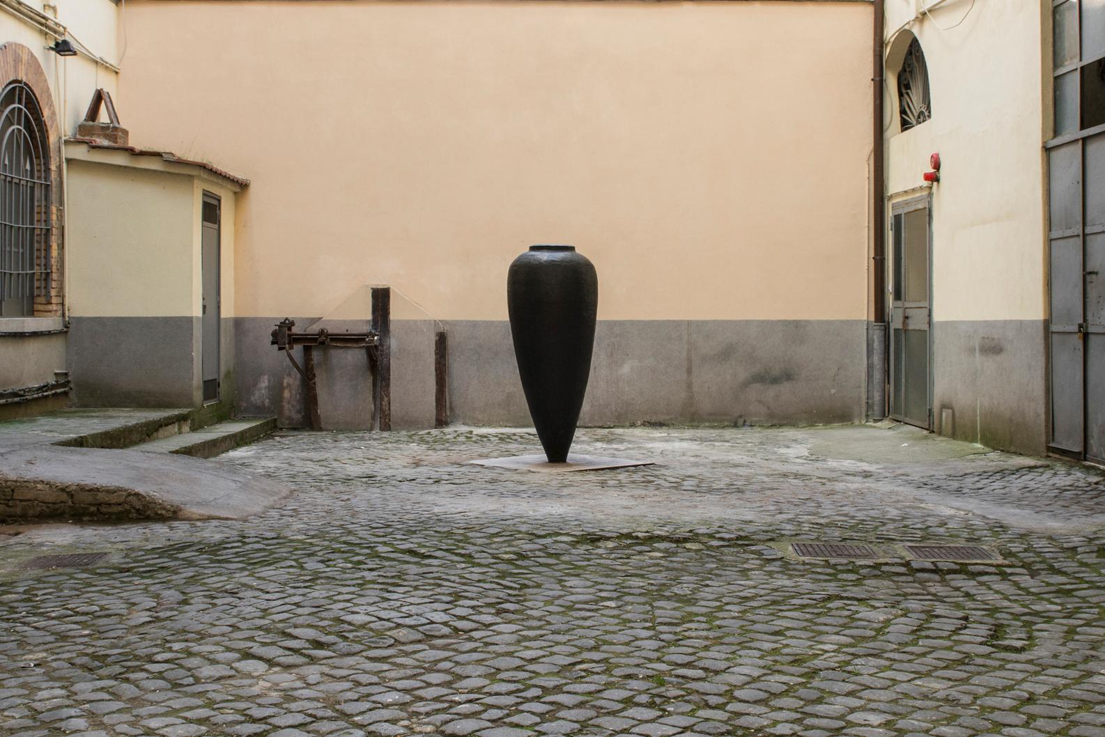 1_PizziCannella_LaFontanaFerma_2007-10_FondazionePastificioCerere_photoAndreaMusico